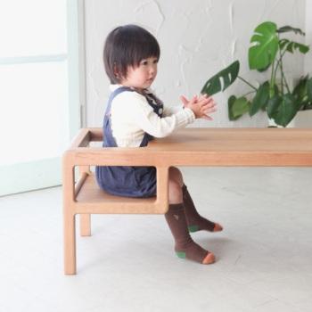 seggiolone ad altezza di bambino