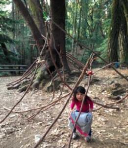 sticklet costruzione bambini bosco